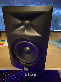 JBL LSR305 5 Two-Way Powered Studio Monitors PAIR