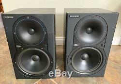 Mackie HR824 Active Powered Studio Monitor Speakers (Pair)