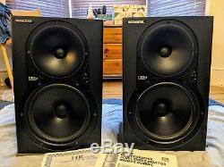 Mackie HR824 MK1 pair of studio quality powered monitors