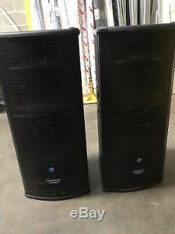 Mackie SR1530Z Full Range Powered Active Speakers IDEAL FOR FULL BAND (Pair)