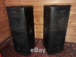 Mackie SR1530z Full Range Powered Active 3 way Speaker Pair