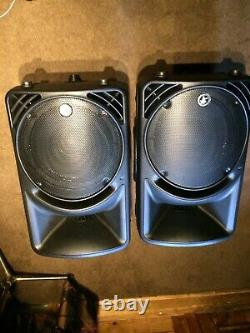 Pair Mackie SRM450v2 Powered Active Speakers with covers and stands
