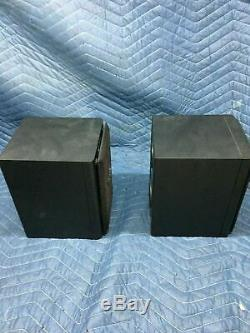 Pair of Roland CM-110 Digital Studio Monitor Powered Bi-amp Speakers