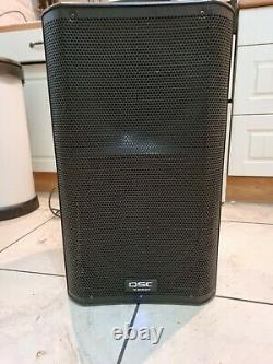 QSC k12 powered active speakers nice condition pair solo artist singers band dj