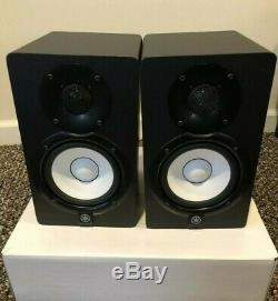 Yamaha HS5 powered studio monitors in box Mint condition! OEM Box PAIR