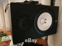 Yamaha HS8 8 Powered Studio Monitor Pair 2 SPEAKERS