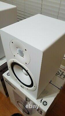 Yamaha HS8 8 inch Powered Studio Monitor White Pair